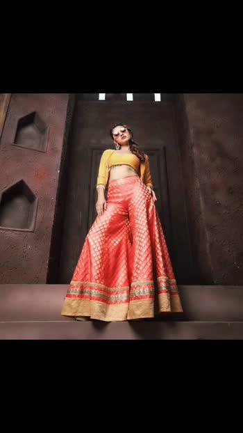 Popular TV actress @akshitamudgal in @tangerineworldofficial  for an event week . . Shop for this dress at www.tangerineworld.com . . DM or call/Watsapp at +91 9372960650 for enquiries . . . #akshitamudgal #brocades #gharara  #tangerine #tangerineoworld #astyletoeverystory #crotops #palazzopants #indian #indiancouture #indianethnic #indianwedding #ootd #navratri2019 #navratri #festivewear #weddingwear #fashion #beautiful #indianfashion #bollywood #bollywoodfashion #akshitamudgal #bhakarwadi #sharara #festivalfashion #diwali #diwali2019 #karwachauth #bollywood #bollywoodfashion