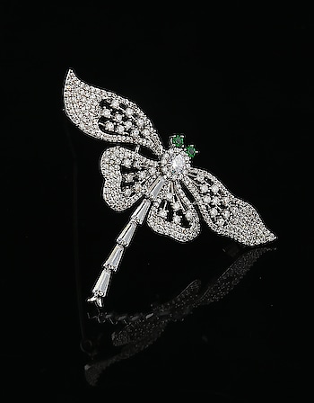 😍Butterfly Designer Silver Brooch at discounted price Shop now: http://bit.ly/35n9gFr - - - - - - - - - - - - #brooch #fancybrooch #designerbrooch #silverbrooch #latestbrooch #broochforman #fashion #artificialjewellery #fashionjewellery #pagalpanti #anuradhaartjewellery