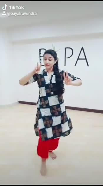 join me at BOMBAY INSTITUTE FOR PERFORMING ARTS MUMBAI #dance #danceclass #mumbaidanceclass #mumbaidancers #dancestudio #bharatnatyam #bharatnatyamdance #roposostar #roposo-beats #roposotv #roposorosingstar #payalravendra #instagram #youtube #facebook #likes