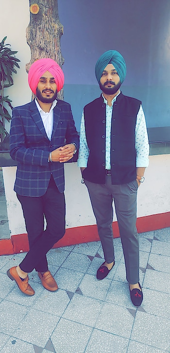 #directoragamjotsingh #roposostar #turbanators #arrow #RedTape #LP #nehrujacket #blazer #fashionformen #mensfashion #weddingseason #punjab