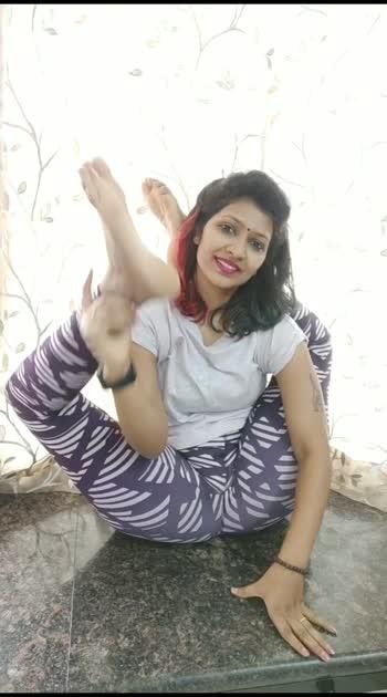dwipadsirasana#contortionist #vaibhavlaxmijhala#yogamom #fitness #yogalove #yogainspiration