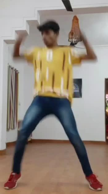 kaam 25 hai song freestyle dance video #dancerslife #dancer #danceindia #kaam_25_hai_ #divine