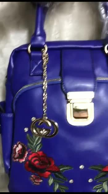#bag #bagsaddict #bagscollection #bagsforlife #bagsale #onlineshopping #onlinefloralsuit #onlineshop