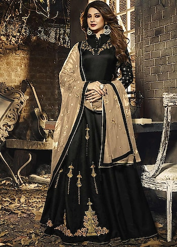 Glam up your ethnic style with this Eye Catching Black Party Wear Anarkali Style Suit Starring Jennifer Winget.This Suit Features Silky Georgette Top with Santoon inner. The Net Dupatta makes your Dress Exquisite.  http://bit.ly/34QyDyF  #christmasale, #designersuits,#bollywoodsuits, #weddingsuit, #freeshipping, #buyanarkalionline,#anarkalionlineshopping,#cod,#expressshipping ,#onlineshoppingindia,#onlineshoppingusa,#manndola
