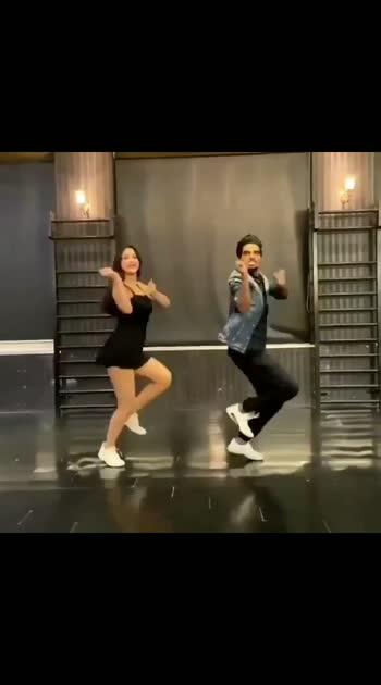 #roposo-beats #filmistaanchannel #salsadancing #music_masti