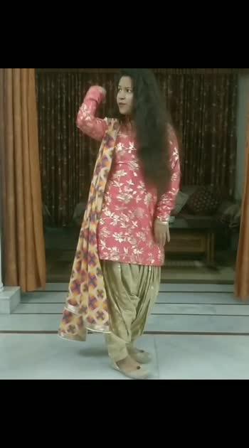 Mera Mahi Tu Pateya ✨  Punjabi dance . . . . . . . OLD IS GOLD #punjabi #punjabidance #bhangra #punjabiculture #misspooja @himachal_vaasi @misspooja #punjabisong #punjabimusic @dailybhangra @folk.re @iamankittasharma @beingpahadi @bhangre_wale_jatt @bhangra__loverz @himachal.wale @thebhangrahub @bhangre_wale_jatt @welovebhangra @bhangra_loverz @the_bhangra_lovers @bhangra_empire_ @punjabi_.folk._dance @punjabi_folk_ @punjabifolk @punjabidancevideos #beinghimachali #behimachali #himachaligirl #punjabian #punjabi  #kapurthala #hoshiarpur #chandigarh  #jalandhar #jalandharcity  #pathankot #shimla  #faridabad  #nurpur #sadwankhas  #views #viral  #likes #view #like