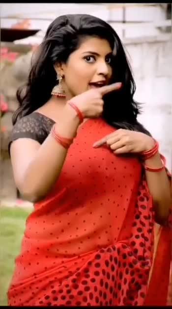 #beautiful #awesome #redhotlips #rosopostar #hindisongs #hindiroposo #redsaree #sareefashion #sareelove #sareedance