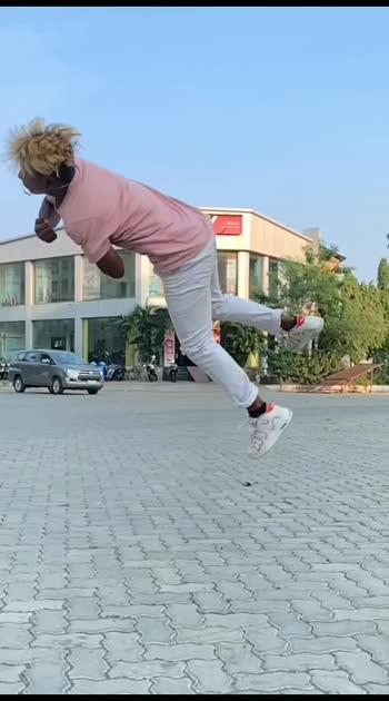 💯🔥amazing flipping 🔥#roposostar #roposo #flipping #flippings #flips #spots #amazing #flipping #awesome #awesome-stunt