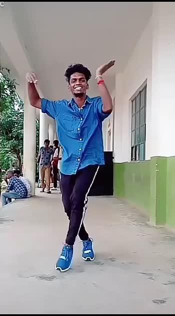 Anbil sorgam ila ilai 😁😁#risingstar #loveroposo #supportme #sijju14c #dancer #college #classtime #lovedance #hott #tamilsong #old #hottest