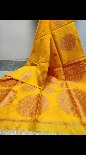 Weaving designers Handloom tusar silk saree with attached bp.. Rs1550.. With beautiful border