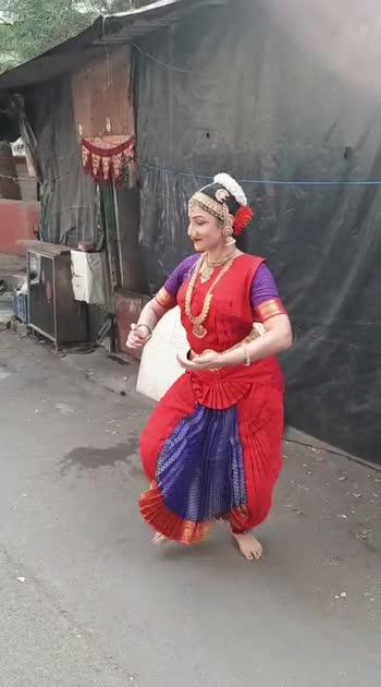 #bharatnatyam #bharatnatyamdance #streetdance #streetphotography #dance #dancerslife