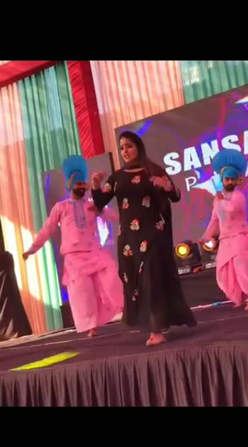 😉 #bhangravideos #bhangralovers #punjabibeats #punjabivideos