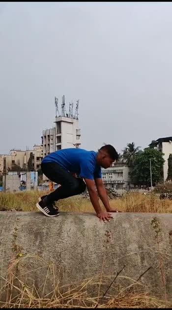😱porkour 😱#ropo #roposostar #roposo #roposostars #flips #flipsup2date #flipsforlove #flipside #backflip #backflips #backflips #flipping #flippings #flippingfeed #sideflip #amazon #amazingvideo #amazingview #amazingink #awesomevideo