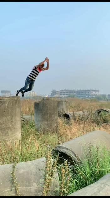 😱🔥 Bhai your Amazing porkour 😍🤙#roposostar #roposo #roposostars #roposo-beats #ropo #flips #flipsup2date #flipsforlove #flipside #sideflip #sides #flipping #flippings #flippingfeed #sideflip #backflip #backflip360 #backflips #backflip-reaction #amazing #amazingvideo #amazingview #amazingink #awesome #awesome-stunt #awesomevideo #porkour