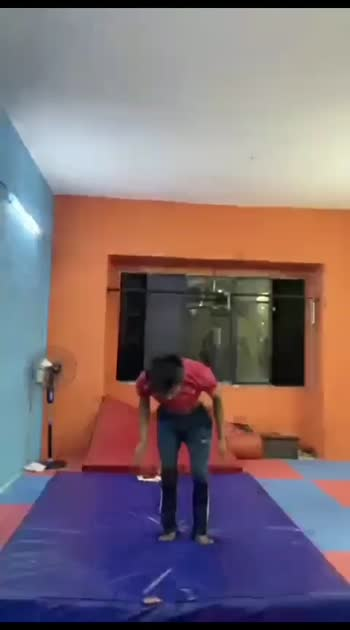 #flipping #gymnastics #acrobatics #roposo @roposocontests