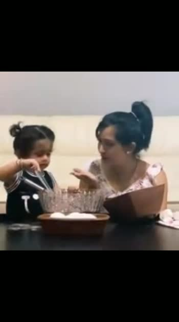 On this special day..#radhikapandit wife of Yash along with her daughter Aira @ prepared a secret recipe & posted it on Yash's Instagram..