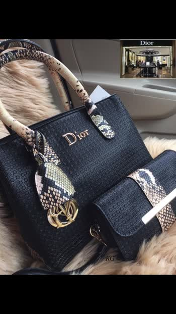 """DIOR CROC HANDBAGS WITH UTILITY WALLET.. PREMIUM QUALITY.. SHOWROOM ARTICLE  SIZE 9""""/12""""..  SALE @ 1950 WITH ORIGINAL DIOR LINING AND ZIPPERS..  🌹😍"""