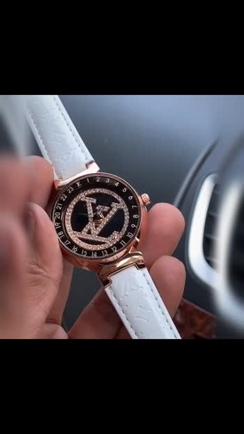 *Louis Vuitton*❣  *A Louis Vuitton watch now in PREMIUM QUALITY With budget Price . Grab it.*🔥  *New in stock*❣  * Louis vuitton❤ * Tambour ladies  * 7AAA * Features: - 12 hr dial - Date indicator - Quartz movement  -mini crono working - Case-35 mm - Thickness: 8.5 -Monogram pattern brown belt -Rose steel case with white dial -solid back steel back  *🙏🏻PREMIUM QUALITY PLZ DONT COMPARE WITH ANOTHER QUALITY🙏🏻*  *Price-Rs 2100/-ONLY 😍FREE SHIPPING😍*  *Product will be delivered same as in pic & video. No change seen*💯✅🌹