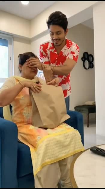 He Surprised His Mom - Mom Surprised Him Back 👏👏🤣🤣🤣