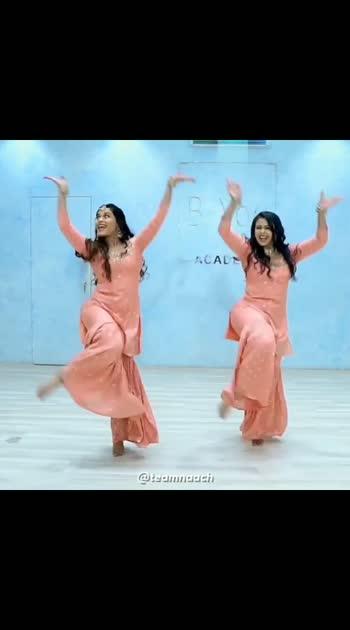 #aa_Jaana ✨ this #song  has got #propersangeet #feels . #bhaiyajismile  & I had so much #fun #shooting , #dressingup & #creating  for this video. . . Go watch the full video on our #youtubechannel  (LINK IN BIO) . . #music  @jjustmusicofficial #shot  & #edited  by @vikasgorule #outfit  @hindmataclothstore #hair  & #makeup  @rutujarkharade My #jewelry  @dazzlebyneha . . @jackkybhagnani @dj.lijo @djchetas @prakritikakar @darshanravaldz @sarah.anjuli@jjustmusicofficial@beingmudassarkhan @xxlstudioworks