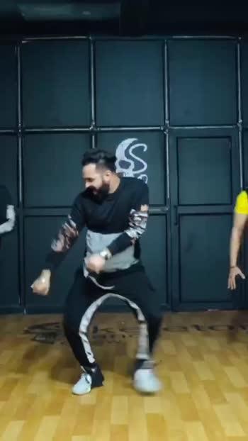 Illegal Weapon by Skeleton Dance Crew ✌🏼 #dance #dancegroup #illegalweapon #streetdancer3d #skeletondancecrew #dancestudio