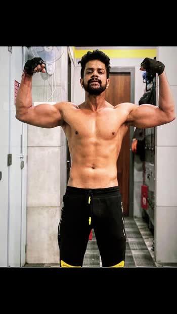 Follow @i_sachndarekar . #day1 #pumping 💓 . . . . #athlete #gymholic #body #bodybuilding #bollywood #fashion #passion #instagram #tollywood #bollywood #hollywood  #deepikapadukone #shahrukhkhan #salmankhan #ajaydevgan #kajol #kajol #sachindarekar #sachin #mumbai #india #in #infame #worldwide  #be #hit be #fit #follow #and #be #active