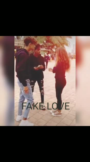 #fakelove #fakelover #fakelovestatus #fakelove_vs_truelove #fake #fakefriends #fakepeoples