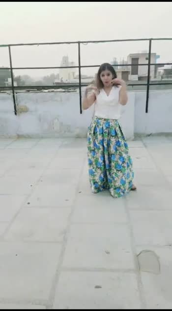mai yaar yaar kehna #risingstar #yaar #roposo-beats