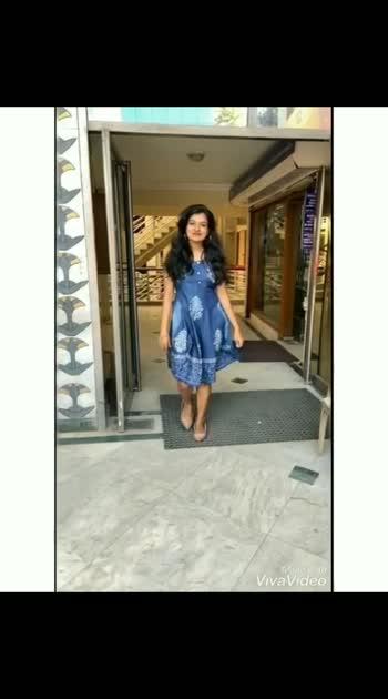 #tamil #roposo-tamil #risingstar #risingstars #roposo #roposoness #pride2019 #prada #prabas #tamilbeats #tamilnadu #followme #like #share #music_video #roposobeauty #roposostar #hiphop #tamilcomedy #tamilcinema #tamilcinemafav #tamilcoversong #tamilactress #tamil-actress #tamildialogue #tamildialogues #oldisgold #roposodiwali