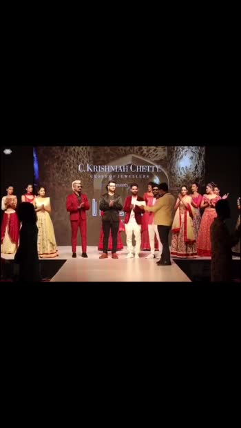 Some fab moments while in the fraternity of selectors and jury panel in the CKC presents Indian Designer League 2nd Edition for the model hunt by @rainush_couture . A great show by all the designers and fantastic stage presence by all the gorgeous models. Kudos to both the finalist and winners. . . . #fashion #design #rainush #ckcjewelry #idl #indiandesignerleagueseason2 #modelhunt #jury #stylist #blogger #designer #fashionshow #bangalore #fashionmen #moment #mood #hat #createandcultivate #hatlover #designers #modelsearch #modeloftheday #prashantpriyadarshi #pprashant_priya