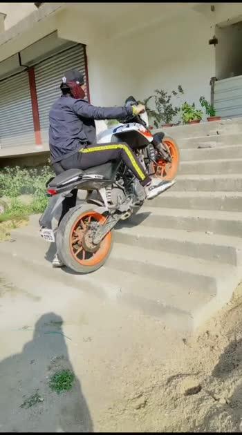 zarur like ksre#roposostar #bike-stunt