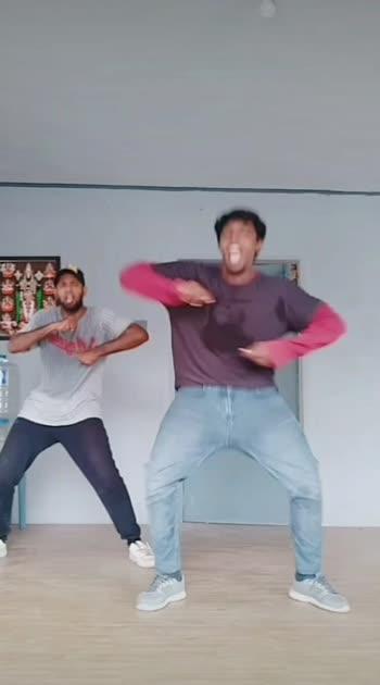 #mugala #roposostar #roposo-beats #callfortamil #1millionauditionindia #roposo #risingstaronroposo #beatschannel #callfortamil #1milliondreams #dance4life #dance_moves #roposobeats #danceing