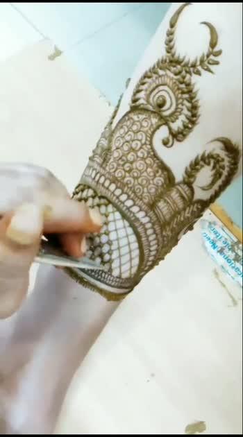 Follow me for more designs #mehandidesings #mehandiart #mehandipyarwali #mehandi #mehandipic #mehandi_desings