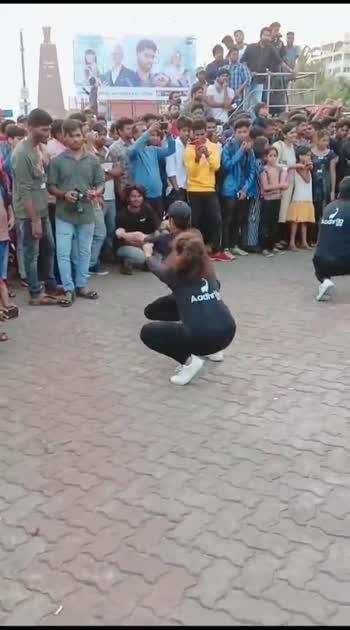 #publicdance #publicity #danceindia #mostviralstatus #dancer