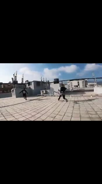 #awesome-stunt #dangerous______stunt #donttryathome #roposowowchannel #roposostarschannel #roposofilmistanchannel