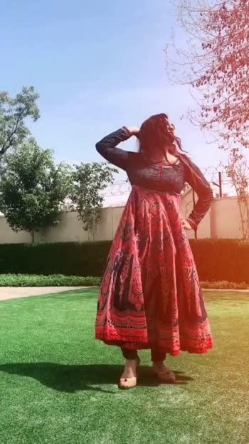 #blogger #roposoblogger #fashion #roposo #fashioningluencer #perfectvideo #dress
