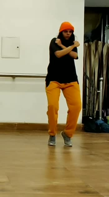 Dancing to Sofia de lenna's choreography!! 😊🌸  #dancing #choreography #hiphop #sofia #loveher