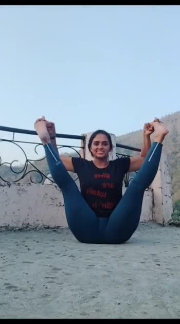 #yoga #hotgirl #hot-hot-hot #hotness #hotyoga #hoty #like #share #comment
