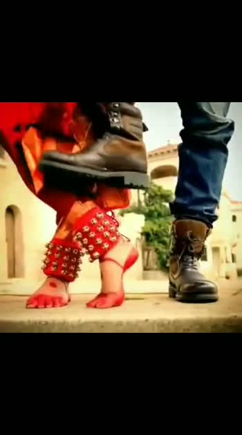 #iddarammayilatho #amalapaul #catherinetresa #love-status-roposo-beats #lovroposo #awsm_feel #awsm_song