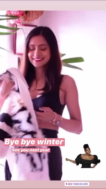 Bye Bye Winter ❤️ Hope to see you soon . . . . . . . . . . . . . #fashonictrishaa #fashionblogger #fashionbloggerindia #fashionbloggerstyle #styleblogger #styleoftheday #styleinspiration #roposobeauty #roposo-style #roposofashionblogger #roposofeature #roposofashiondiaries #roposofashionista #kolkata #india #influencer #winterfashion