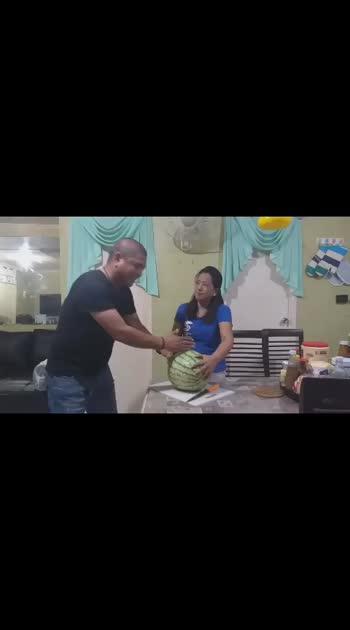 Watermelon Chopped Open - Husband & Wife Humour/Hilarious/Pranks