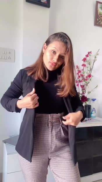 Date: 16.03.2020 outfit ideas for office/work!! #workwear #officelook #worklife #stylingtips #fashionvideos #fashionblogger