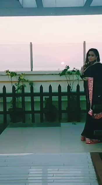 saree by designer insta @dhavnisejpal.... #vaishnavimac #sareefashion #celebrityfashion