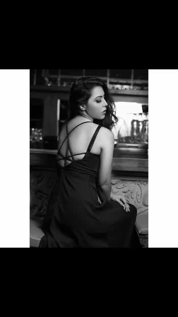 Was going through the old pics . Liked these ones.  Which one u liked ?  Coloured or monochrom? 🤔  #rosepuri #photohsoot #oldphotoshoot #monochrome #colouredpics #influencer #fashionphotoshoot #staysafe #staypositive #stayfocused