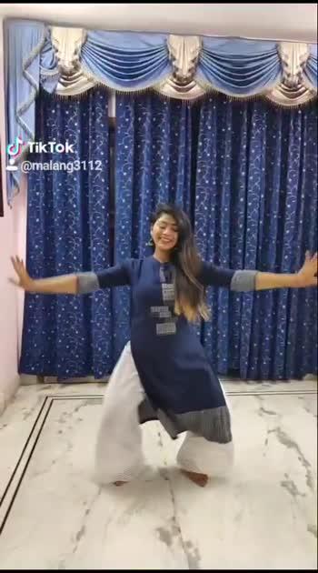Sakhiya 😍 #classicaldance #dance #indiandance #bharatantyam #kathak #classicalfolk #india #dancerofig #support #repost #mudras #makeduet #bhavas #rasa #bollywood  #classicalfusion #proudtobeanindian #dancer #malang #bemalang #teammalang #roposostar #risingstaronroposo