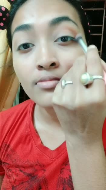 #look #lookgoodfeelgood #lookgoodfeelgoodchannel #lookhot #lookhot #lookgoodfeelgoodchannels #make #makeupartist #makeuptutorial #makemerisingstar #makeupbypriyasharma  eyeshadow tutorial ❤💚💙💜