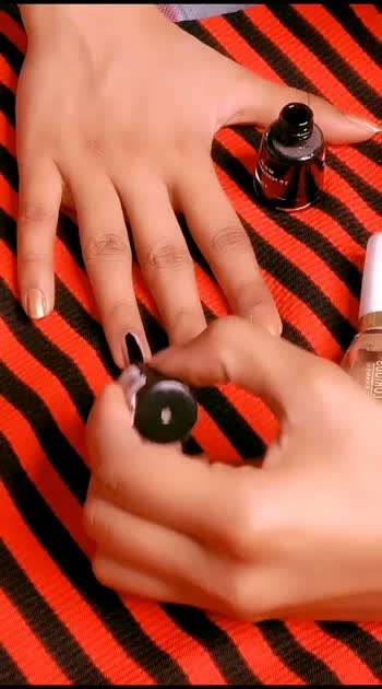 Wow beautiful nailpaint😍 #feature #featurethisvideo #roposobeauty #roposostars