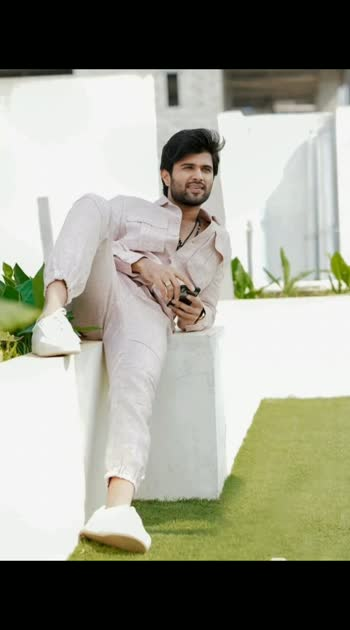 Handsome man.....#vijaydevarakondafc