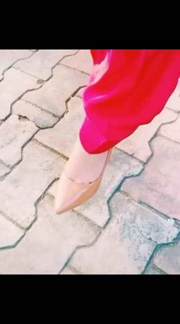 gift me 😔#highheels #highheelshoes