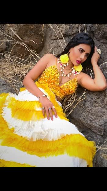 🌸You create your own decoration You choose your color, you choose your mood... If you are depressed, you put some bright yellow and suddenly you are happy.💛💛💛  🌼 Jewelry: @accessoriesbybaaksha 👗👛👠       Styled by: @meenapradhan& @manju.pradhan         🍀 Make-up & Hair: @isha_nand 💁🏼♀️💄💅🏻       Photography: @sanjaydubeyphotography📸📹  #baaksha #baakshabymeenaandmanju #baakshajewelry #springsummer #ss2020 #baakshaspringsummer #accessoriesbybaaksha #newcollection #design #style #shelljewelry #shellaccessories #suits #fashion #instafashion #suitstyle #dresses #ootd #love #indianwear #fashionblogger #bridal #ethnic #ethnicwear  : ; #missmermaidasiainternational2019 #RehaaKhann #DohaQatar #MyDubai  #AmchiMumbai #RehaaKhannBlogger #RehaaKhannQueenlife #RehaaKhannPublicfigure #RehaaKhannStylefile #RehaaKhannFashion #RehaaKhannWithclass #RehaaKhannFans #Actress #Model #Bollywood #Tollywood #Pollywood #Business #Person #Media #Production🏡